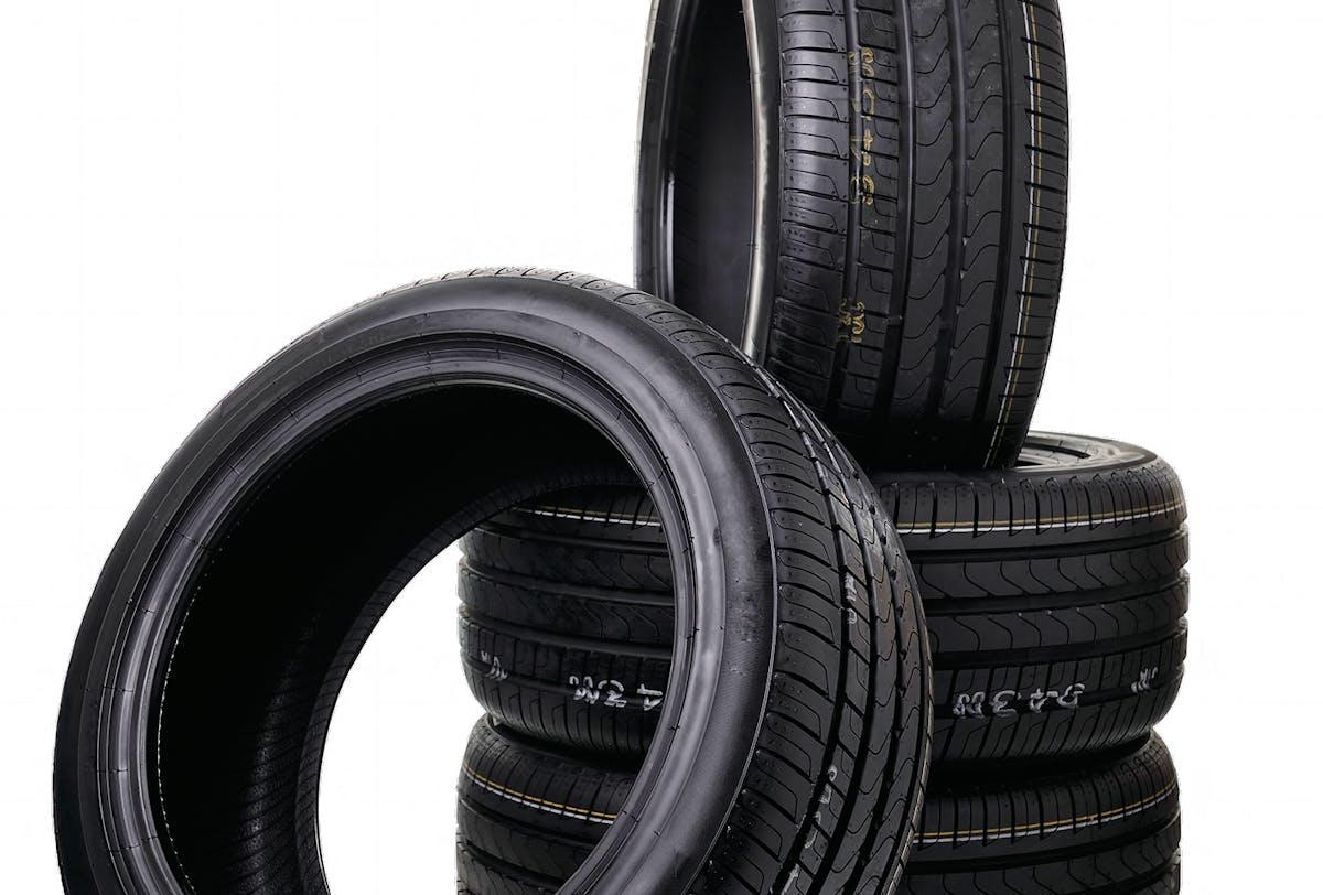 Pneu Bridgestone Turanza ou Continental 185/65 R15