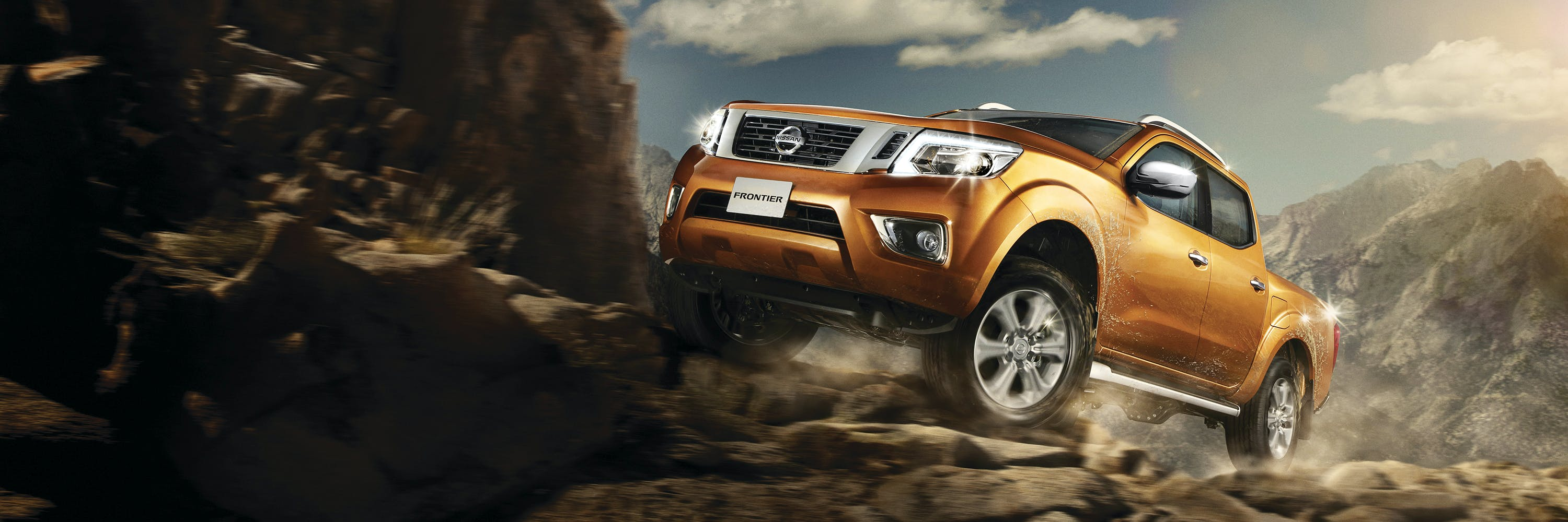 Nissan Frontier 4X4 LE AT 2018