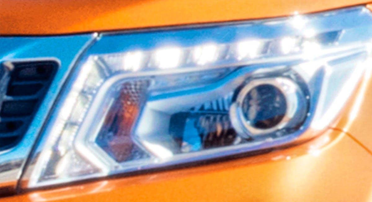 Faróis com Assinatura de LED